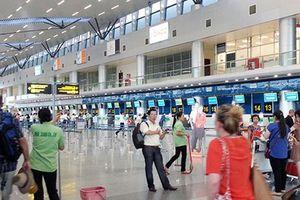 Tự dưng phát ngôn có bom trong hành lý, khách bị cấm bay