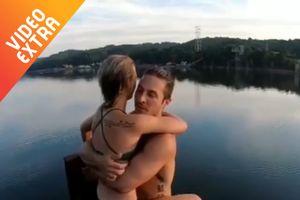 Cặp đôi lộn nhào xuống hồ trong tư thế ôm nhau 'quấn quýt'