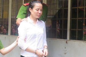 Án tử cho nữ Việt kiều giấu 4,5kg ma túy trong tranh thêu