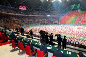 Mãn nhãn màn đồng diễn mừng Thượng đỉnh thành công của dân Triều Tiên