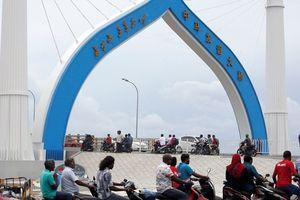Maldives gặp rắc rối vì nợ Trung Quốc
