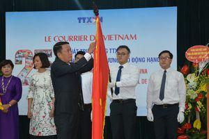 Báo Le Courrier du Vietnam đón nhận Huân chương Lao động hạng Ba