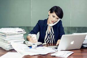 Lắng nghe lời 'kêu cứu' của nữ giới văn phòng