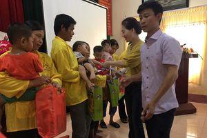 500 bánh trung thu chay dành tặng trẻ hoàn cảnh khó khăn