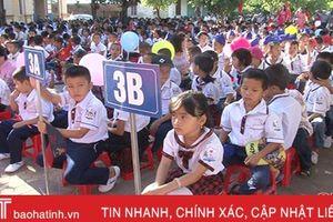 Sắp xếp hệ thống trường học ở Hà Tĩnh - giảm đầu mối, tăng chất lượng: Kỳ Anh 'đi sớm nhưng không vội'