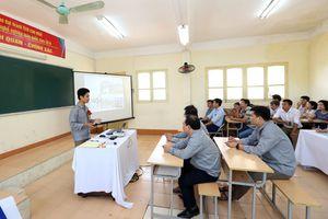Cách mạng công nghiệp 4.0: Thách thức với giáo viên nghề