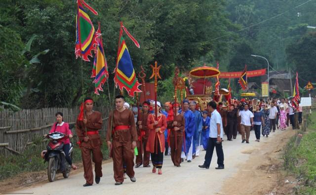 Giữ gìn, phát huy các giá trị văn hóa truyền thống dân tộc Thổ