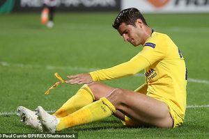 Morata tiếp tục gây thất vọng, Chelsea thắng tối thiểu ngày ra quân
