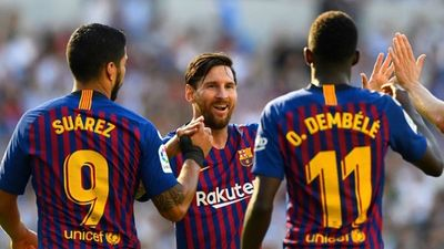 Màn trình diễn siêu đẳng của Lionel Messi trước PSV