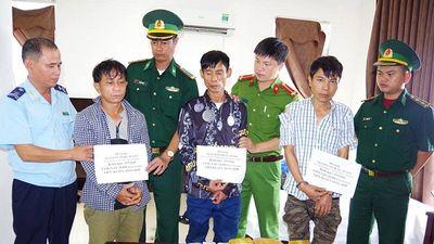Hà Tĩnh: Bắt giữ 3 đối tượng thu giữ tới 18.000 viên hồng phiến