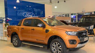 Ford Ranger Wildtrak 2019 giá 918 triệu đồng về đại lý