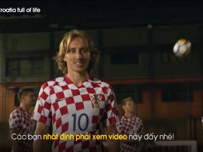 Đội tuyển World Cup của Croatia, cùng nhiều vận động viên nổi tiếng đã góp mặt trong video quảng bá du lịch cho quốc gia ven biển này. Trong con mắt của những siêu sao bóng đá, quê hương họ đẹp như một viên ngọc quý lung linh dưới ánh nắng tinh khôi.