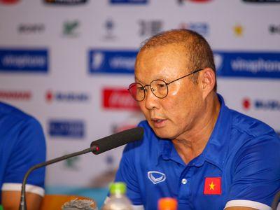 Ngay sau trận hòa với Uzbekistan diễn ra tối 7/8, HLV Park Hang-seo thông báo đã gửi danh sách 20 cầu thủ tham dự ASIAD 2018 lên Liên đoàn bóng đá Việt Nam (VFF).