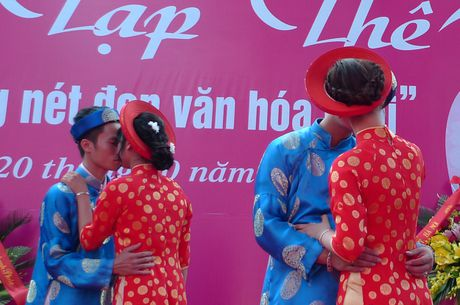 Le cuoi tap the theo nep song van minh tai huyen Ung Hoa - Anh 4