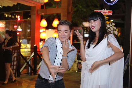 Quan quan 'Tuyet dinh song ca' bo nghe hat lo to de chay show cung Mr Dam - Anh 5