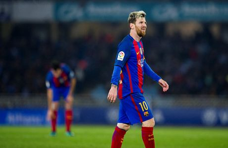 'Duc nuoc beo co', PSG se cuom Messi khoi Barcelona - Anh 2