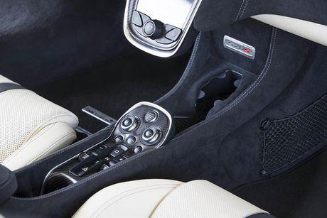 Ve dep thuc te sieu xe mui tran McLaren 570S Spider - Anh 19