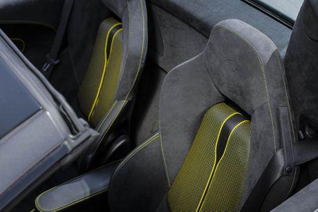 Ve dep thuc te sieu xe mui tran McLaren 570S Spider - Anh 24