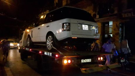 Xac dinh chiec xe Range Rover tong be 2 tuoi chet tham - Anh 1