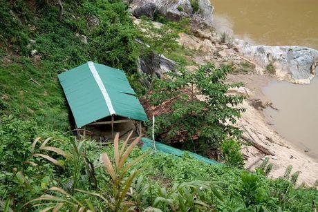 Mặc cho nguy hiểm Nhiều hộ dân ồ ạt dựng nhà đón đầu dự án thủy điện Sơn Trà 1C