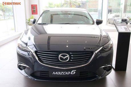 Loat xe oto Mazda tai Viet Nam giam gia thang 10/2017 - Anh 10