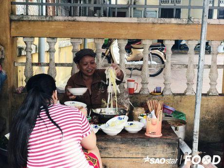 Vi sao phai den xu Quang an mi Quang? - Anh 1