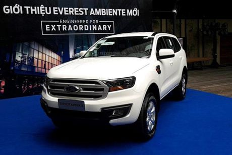 Xe Ford Everest Ambiente MT gia tu 850 trieu tai VN - Anh 1