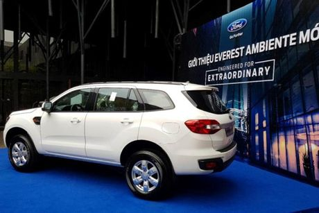 Xe Ford Everest Ambiente MT gia tu 850 trieu tai VN - Anh 2
