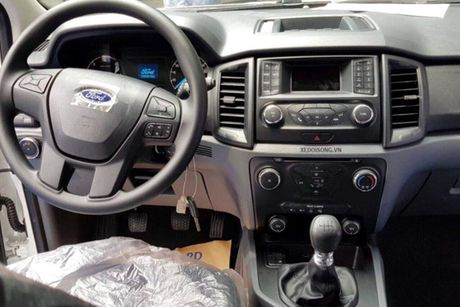 Xe Ford Everest Ambiente MT gia tu 850 trieu tai VN - Anh 6