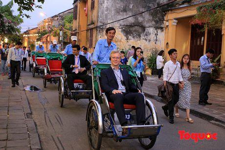 Hinh anh an tuong: Bo truong Tai chinh APEC dao pho co Hoi An - Anh 4