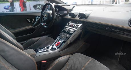 Lamborghini Huracan LP610-4 do cuc chat tai Sai Gon - Anh 12