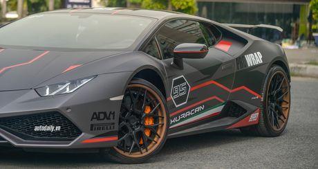Lamborghini Huracan LP610-4 do cuc chat tai Sai Gon - Anh 3